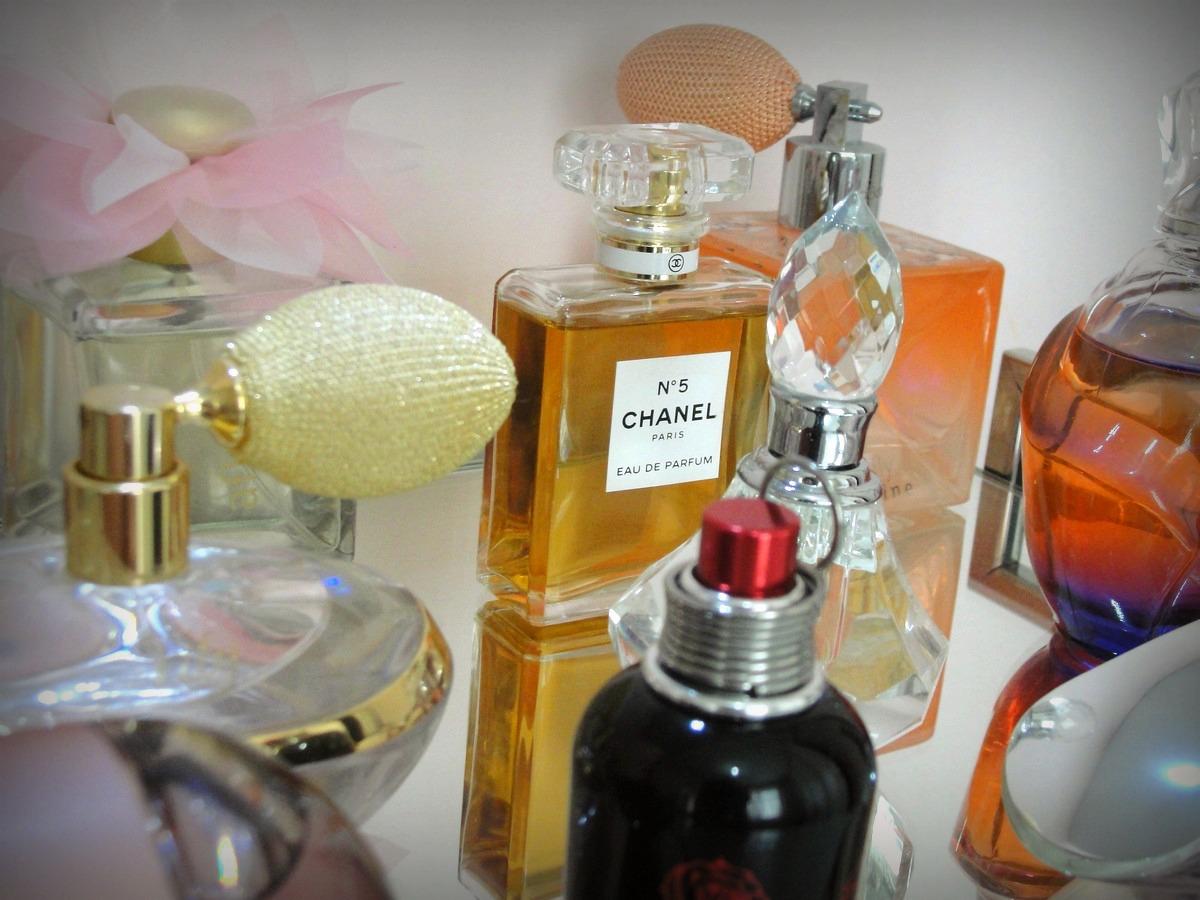 chanel-n5-212-perfumes