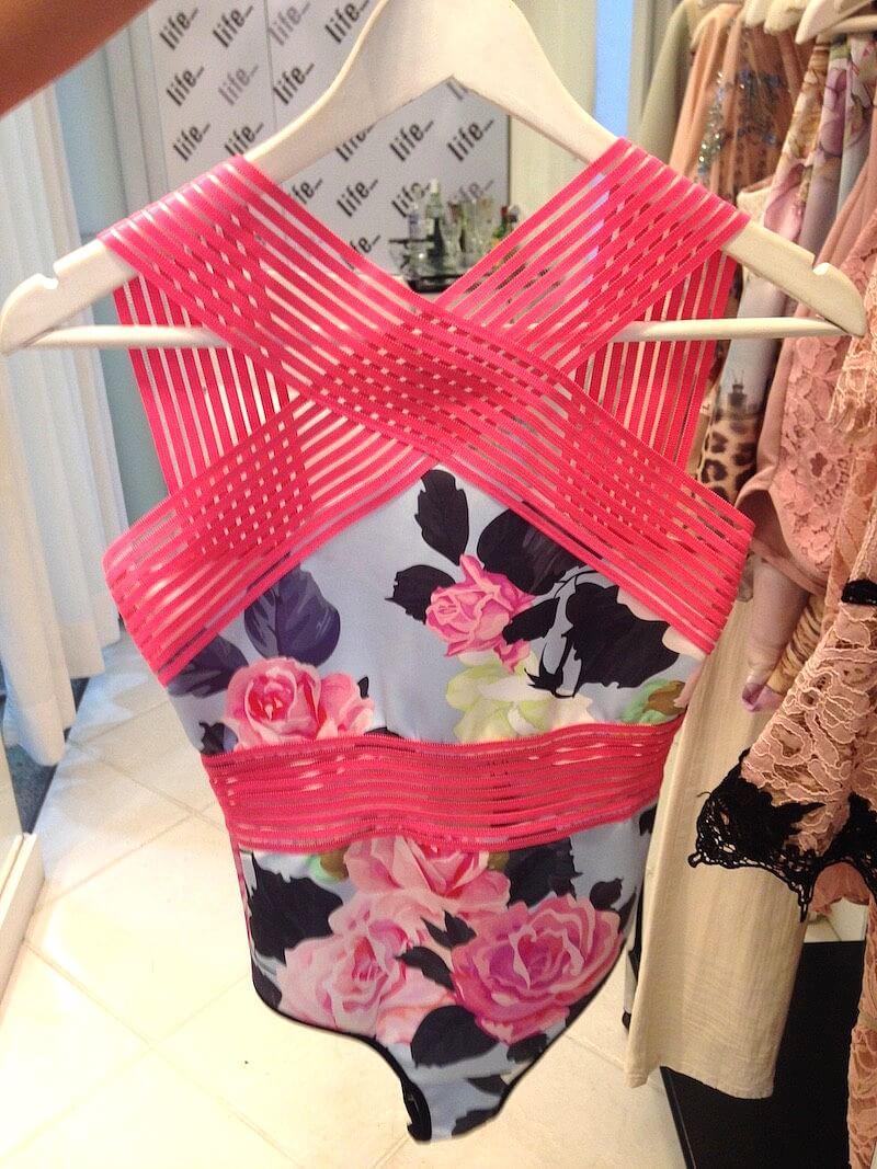 body-skazi-vestido-thassianaves-fashion-lançamento-coleção-buffet
