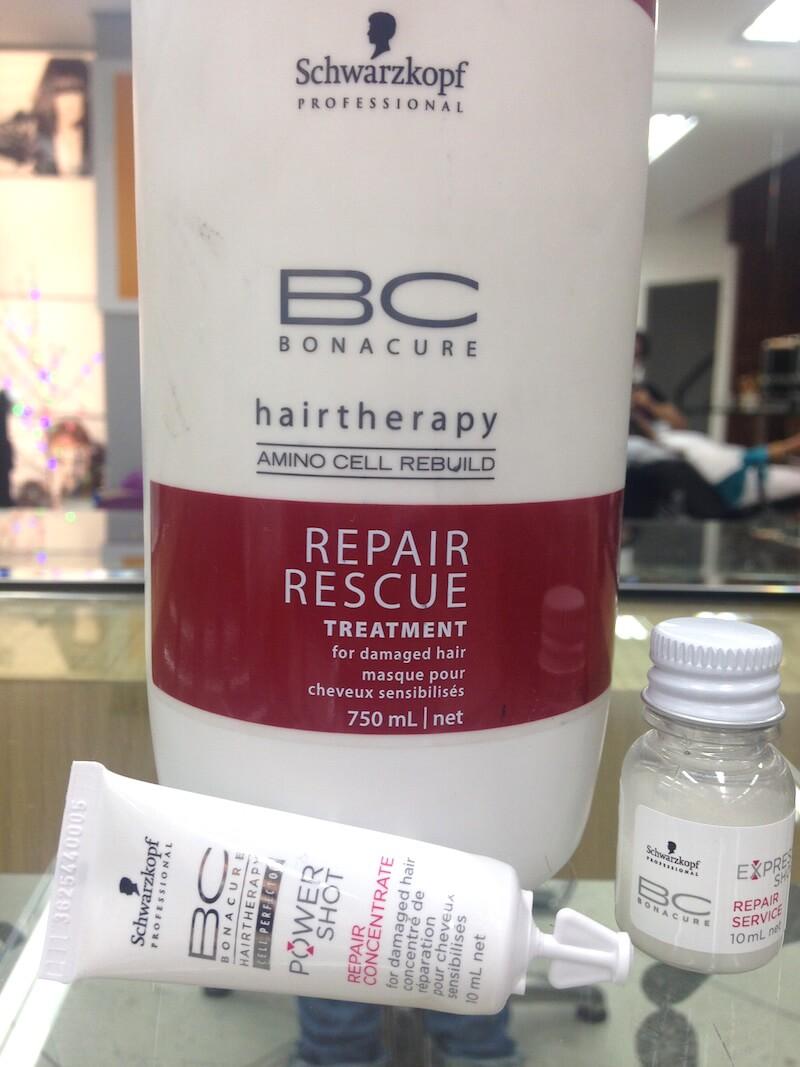 IMG_5638uivo-tendencia-ficando-loira-como-ficar-loira-processo-ombre-studio-sandro-benjamin-platinado-degrade-cabelo-loirp-marcos-proenca-pro-kerastase-cabelo-loiro-hair-blonde-cabelo-liso-cuidados-melhor-creme-hidratacao-repair-rescue-power-shot-bonacure-concentrate-repair-ervice-espress-short-schwarzkopf-bc-q10-melhor-creme-ampola-schwarzkopf